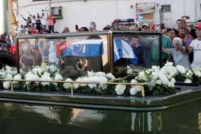 Русская делегация прибыла наКубу для участия впохоронах Кастро